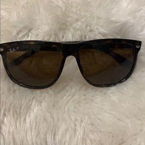 Ray-Ban Polarized Sunglasses RB4147